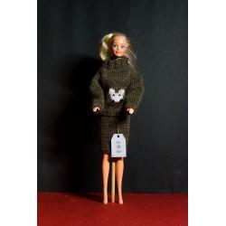 Habit de poupée en tricot 10